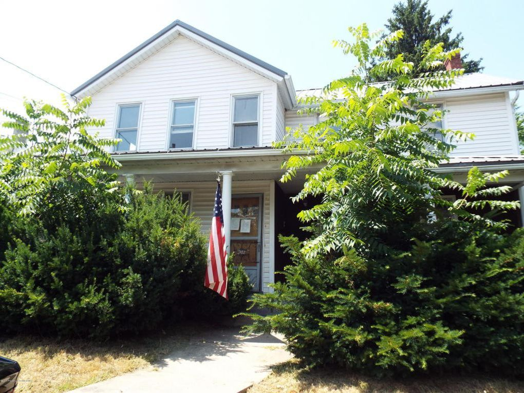 202 Erie St Jessup Pa 18434