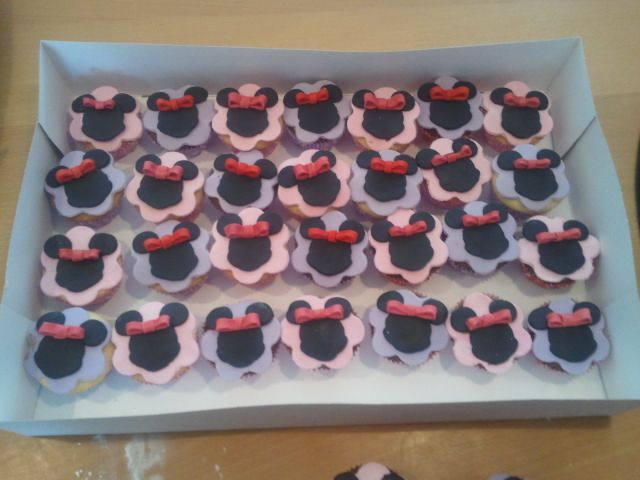 minni mouse cupcakes