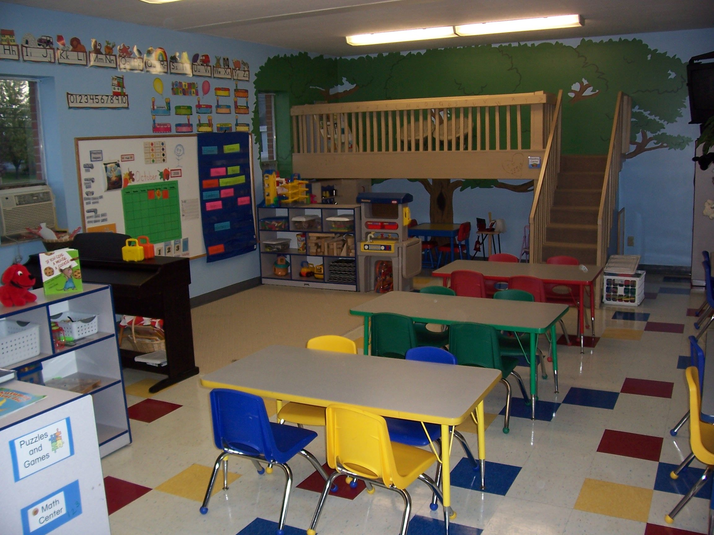 Design For A Preschool Classroom ~ Love the loft in this classroom someday i will have one