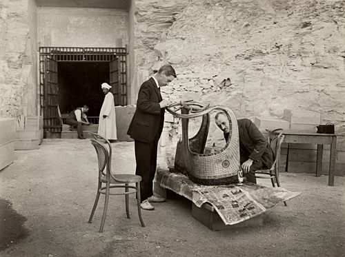 who was howard carter and what did he do