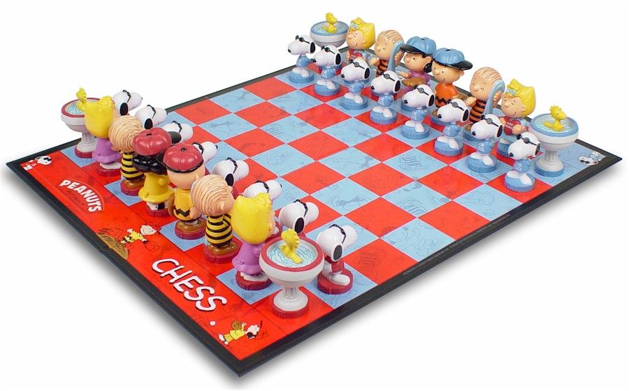 This Colorful And Fun Chess Set Depicting Charlie Brown And His Gang Includes 34 Hand Painted Plastic Pieces And Chess Themed Chess Sets Chess Board Chess Set