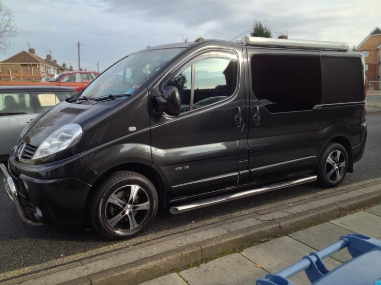 renault trafic van with 16 autec ethos black polished. Black Bedroom Furniture Sets. Home Design Ideas