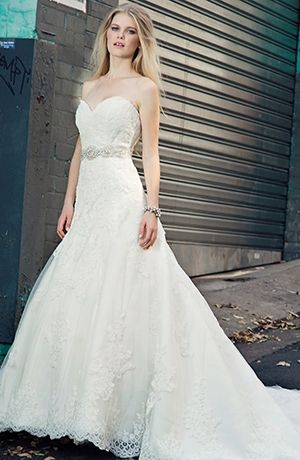 Sweetheart A-Line Wedding Dress with Natural Waist in Alencon Lace ...