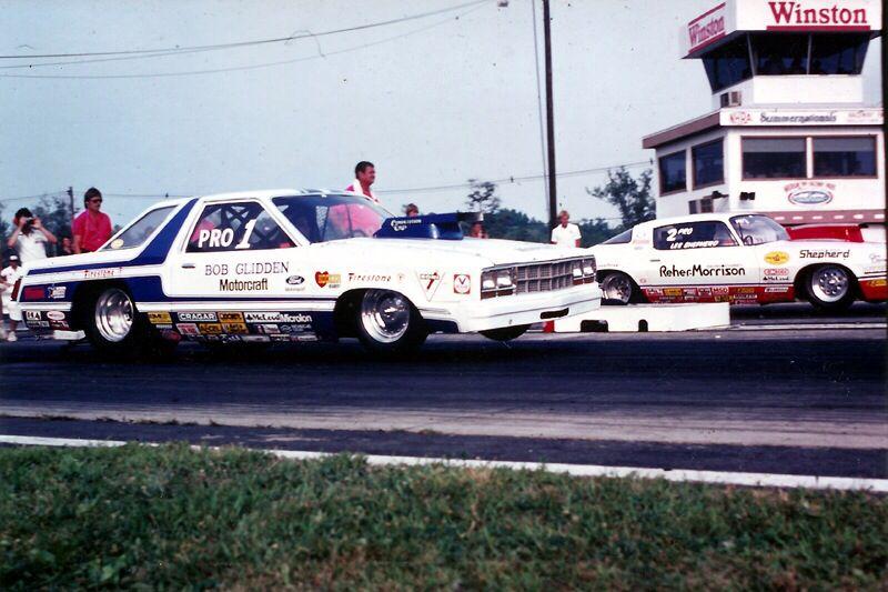 Vintage Drag Racing Pro Stock Bob Glidden Vs Reher Morrison Drag Racing Cars Drag Racing Ford Racing