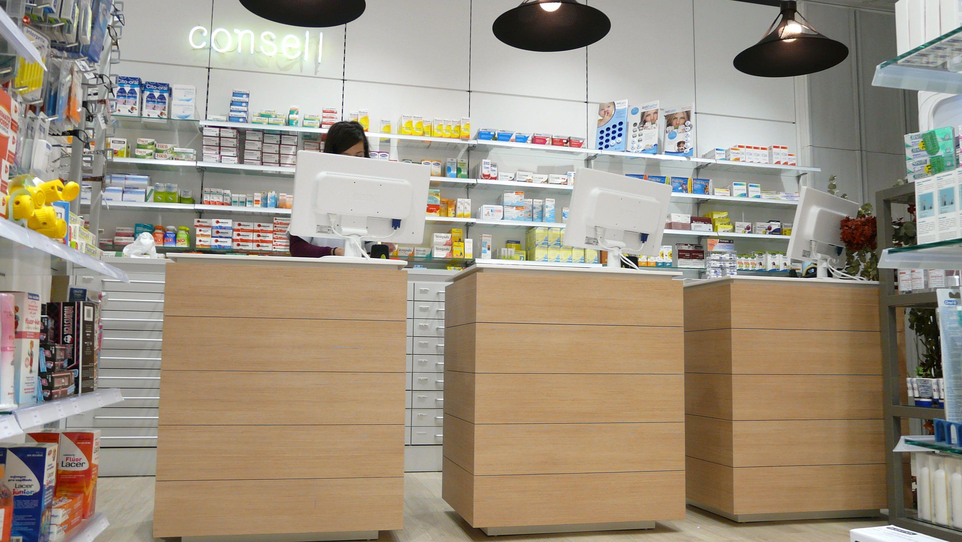 Farmacia Daries. Detalle de un nuevo diseño de mostradores. | Diseño ...