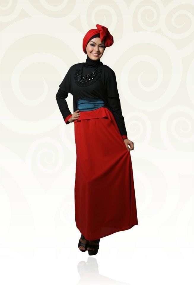 Gamis Kaos Aini Red And Black Dengan Kombinasi Warna Merah Dan Hitam