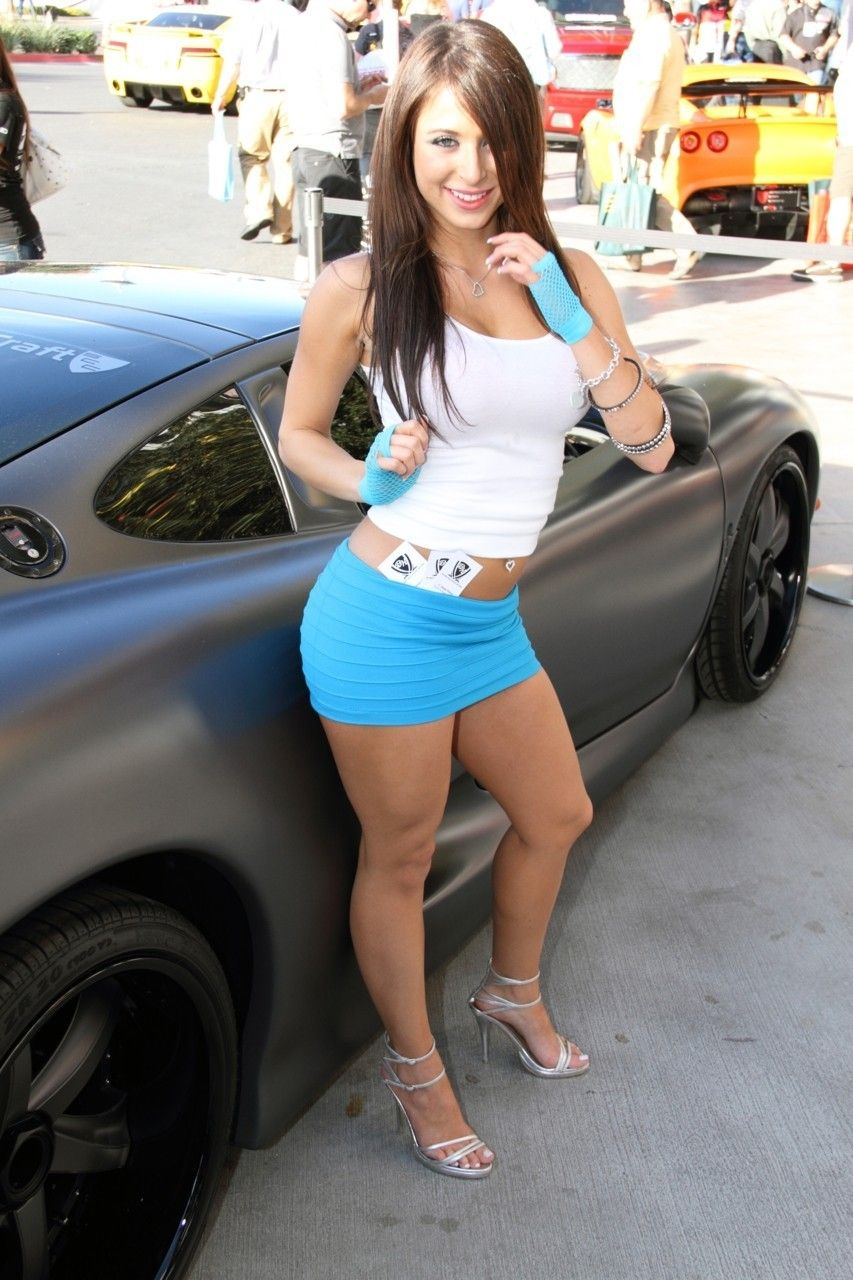 pit babes google search muscle cars sexy dresses. Black Bedroom Furniture Sets. Home Design Ideas