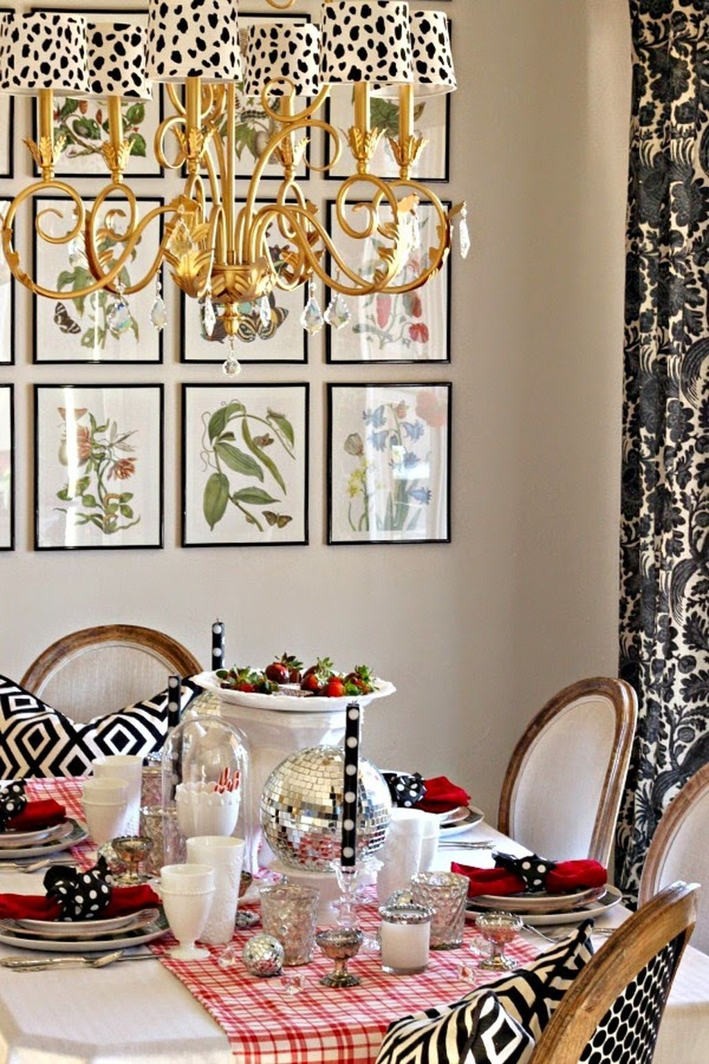 Romantic Dining Room: 50 Romantic Dining Room Decorating Ideas For Valentine's