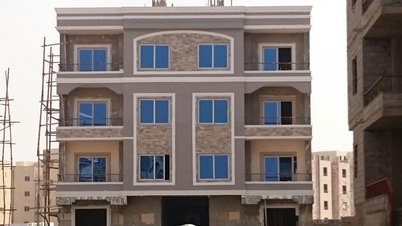 شقق للبيع في القاهرة الجديدة ب 300000 فقط تملك شقه 189 م بكمبوند راقى خلف الجامعه الامريكيه استلام فورى Apartments For Sale House Styles Real Estate