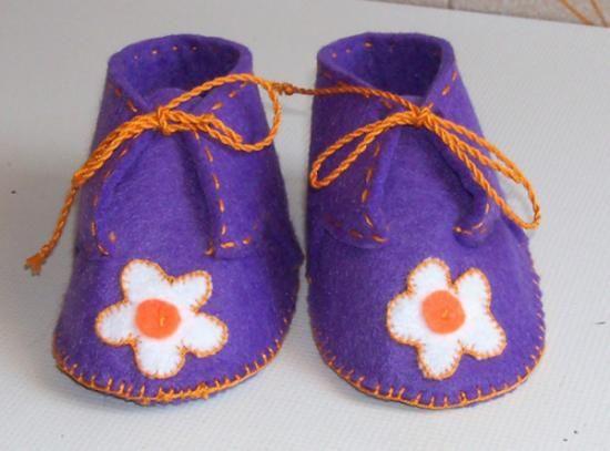 baby felt shoes