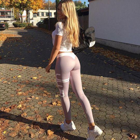 ass Nice teen