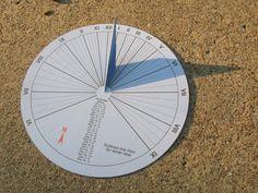 15 Minute Paper Craft Sundial Tabori Otletek Pinterest Sundial