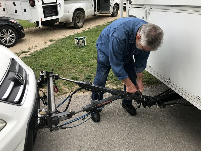 Tow Bars For Truck Campers Truck Camper Camper Towing Towing