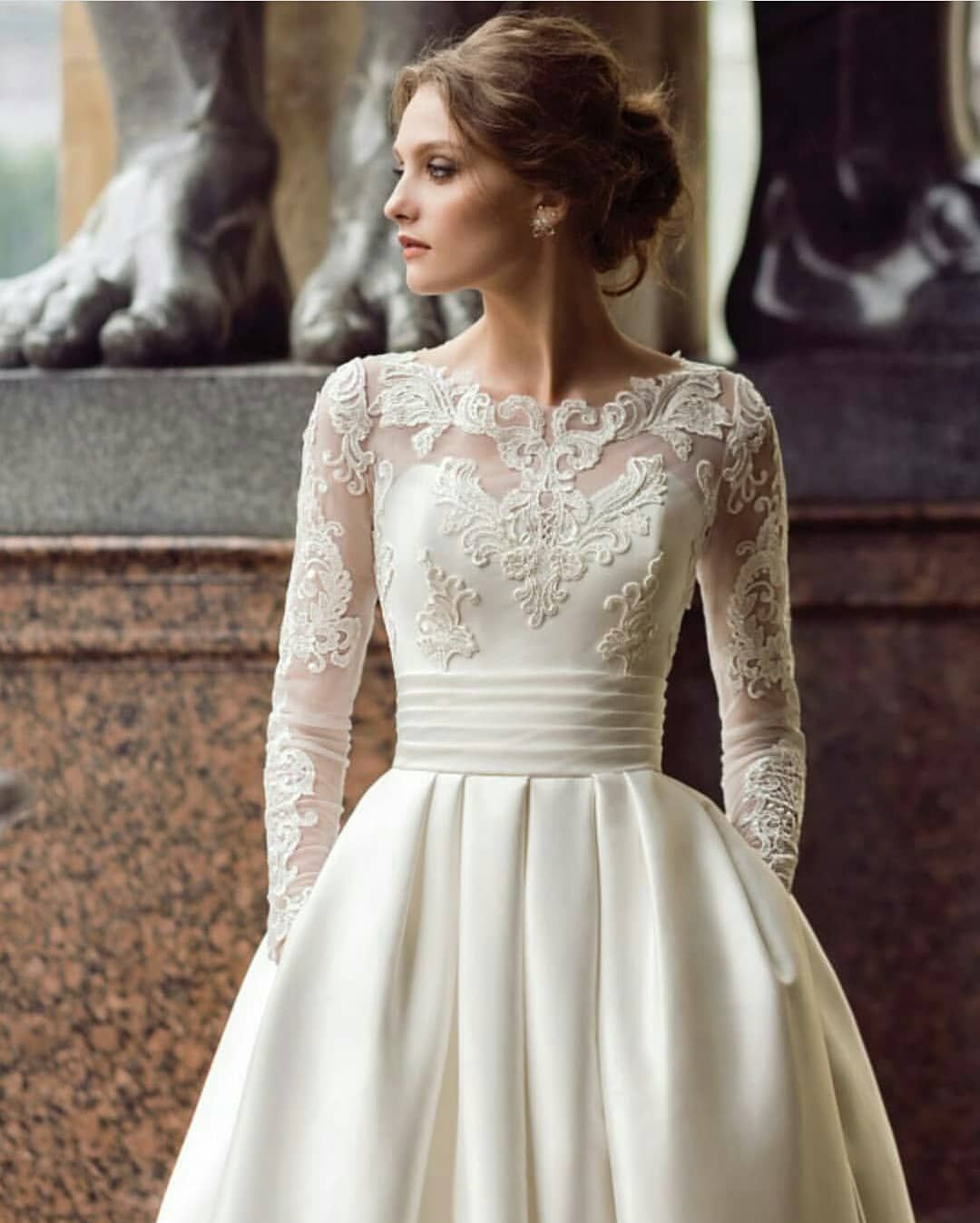 2019 New Designer Sexy Backless Half Sleeves Women Reception Wedding Dresses Floor Length Bridal Gowns Sleeves Cheap Custom Made Firm In Structure Weddings & Events
