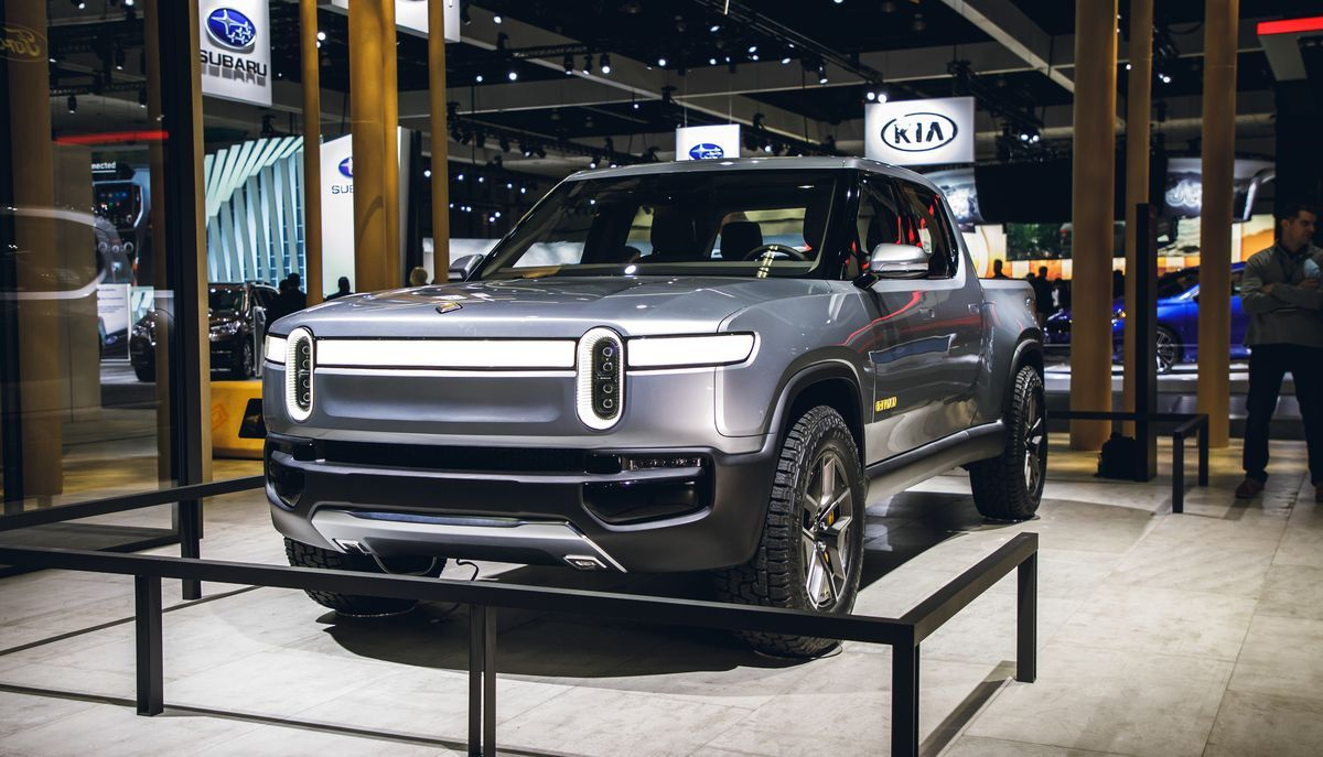 2021 rivian r1t review, pricing, and specs | pickup trucks