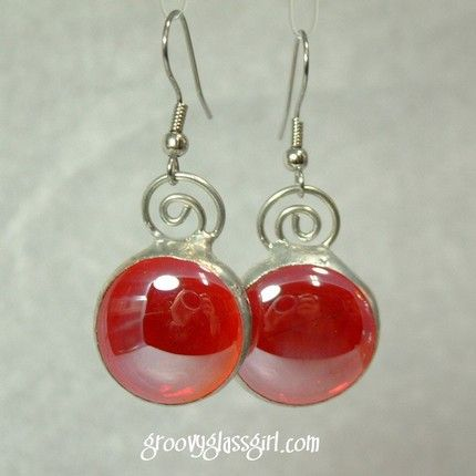 Etsy :: LOLA earrings in irridescent red stained glass