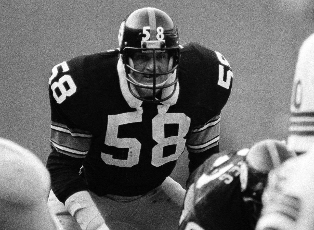 Jack Lambert, Pittsburgh Steelers   A Member Of The Steel Curtain Of The  Lambert Was One Of The Most Ferocious Defensive Players Ever To Play The  Game.
