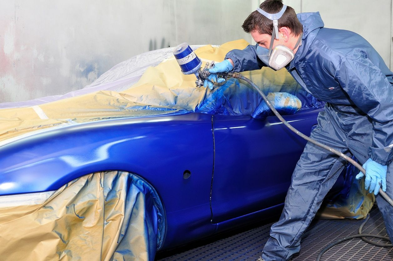 Leave Car Repainting To An Auto Body Repair Expert You Can Expect A Perfectly Matched Paint Job That Is Guaranteed In 2020 Car Painting Auto Body Car