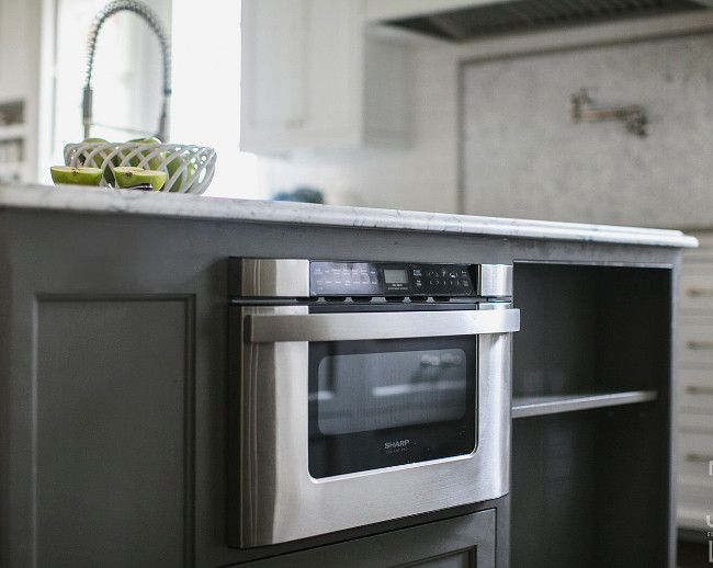 White And Gray Kitchen Designed By Jackbilt Homes Home Bunch An Interior Design Luxury Homes B Grey Kitchen Designs Kitchen Remodel Small Kitchen Design