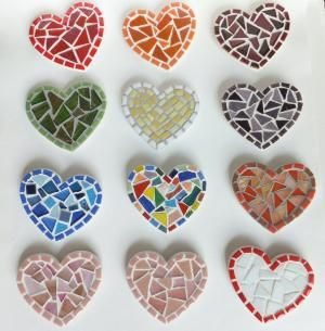 Mosaic heart magnets! by jojablueberry