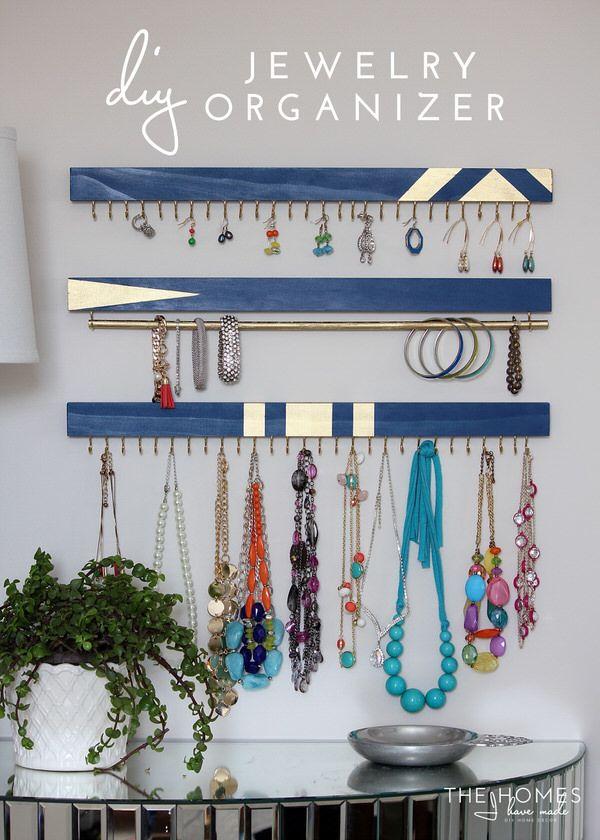Photo of 25 Ingenious Jewelry Organization Ideas | The Happy Housie