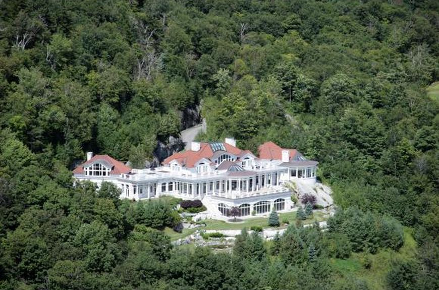 189 Upper Springs Rd Stowe Vt 05672 Zillow Spanish Mansion
