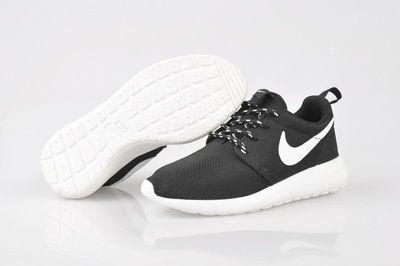 Nike Roshe Chaussures Des Femmes En Cours Dexécution
