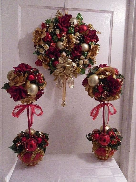 Topiary Decorating Ideas Part - 20: Articoli Simili A Christmas Merriment Wreath/Holiday Door Decor/Holiday  Topiary Centerpiece, Set Of 3 Su Etsy