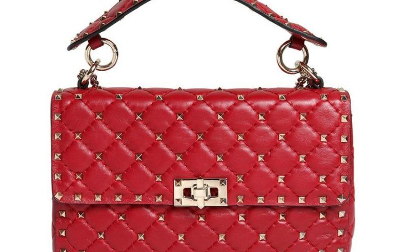 super cheap premium selection great prices Borsa-rossa-matelassè-con-borchie-Valentino nel 2019 ...