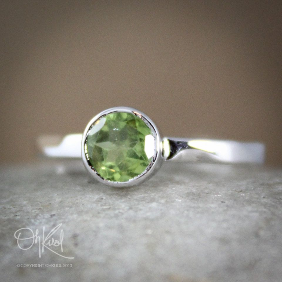 ddf45e07bcd7d Silver Green Peridot Birthstone Ring - August Birthstone Ring ...