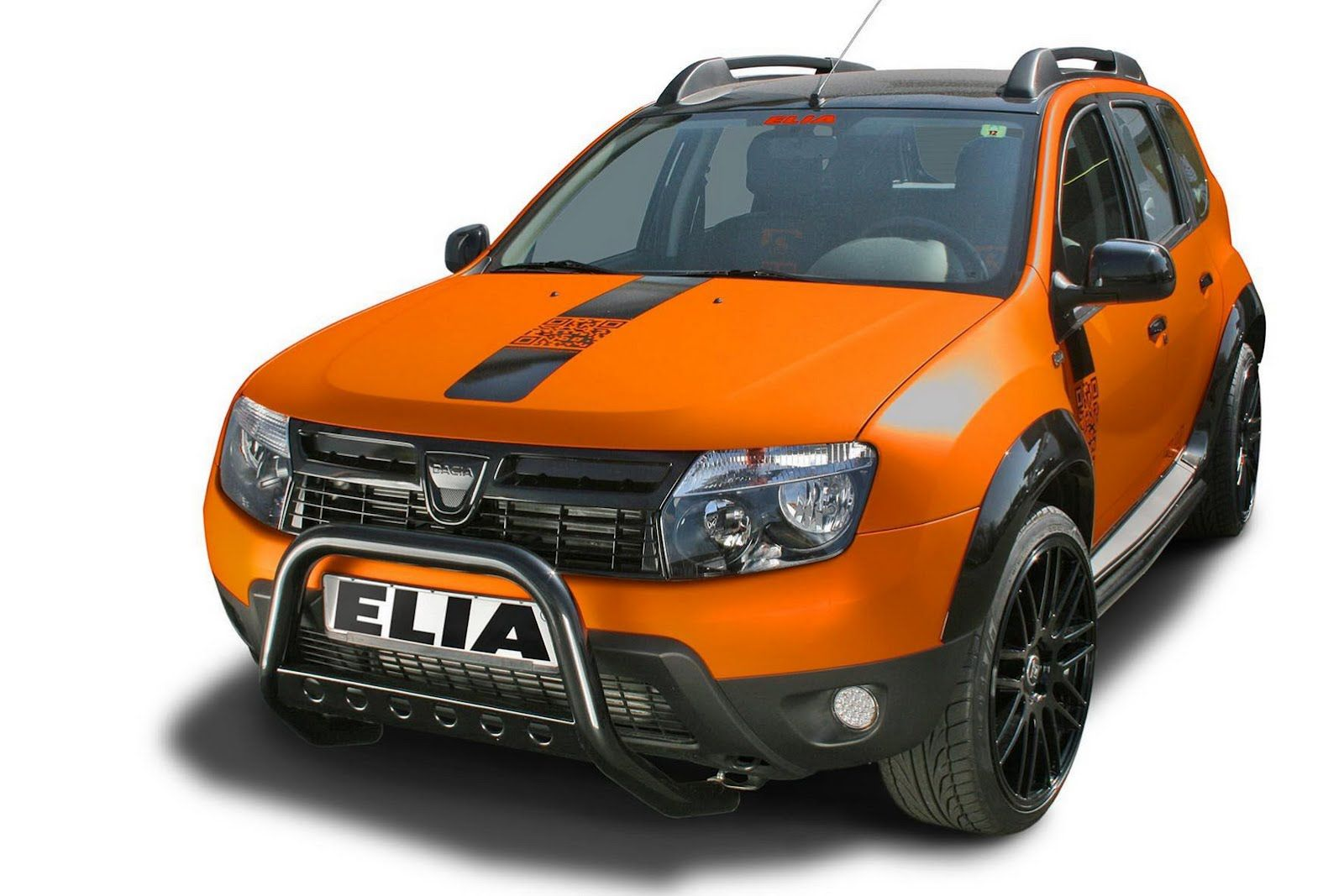 Elia Presents Two Different Tuning Takes On The Dacia Duster Color Concept [ 1067 x 1600 Pixel ]