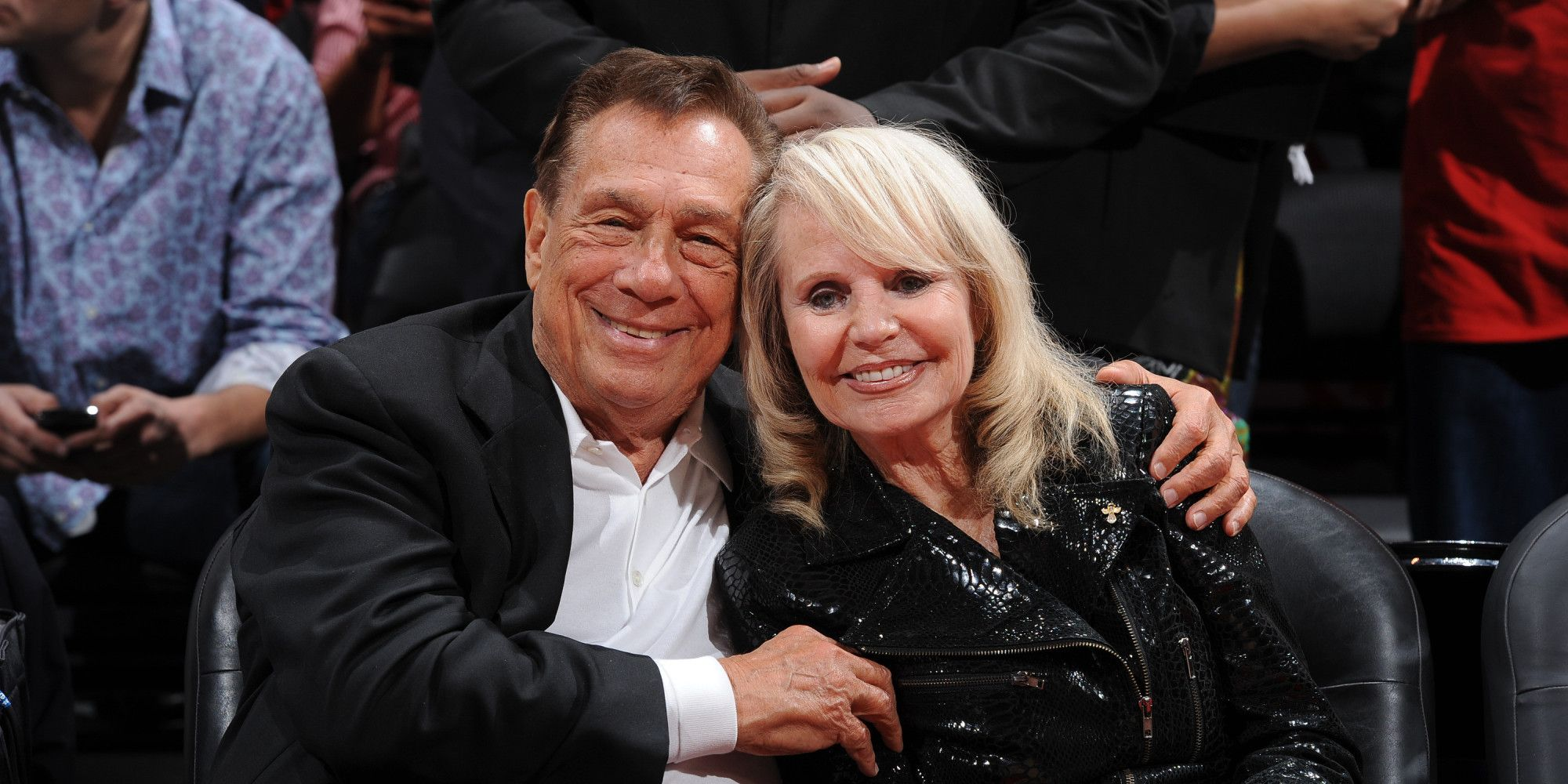 Los Angeles Ap Los Angeles Clippers Owner Donald Sterling Agreed Wednesday To Sign Off On Selling The Team He Has Owned For Donald Sterling Donald Mistress