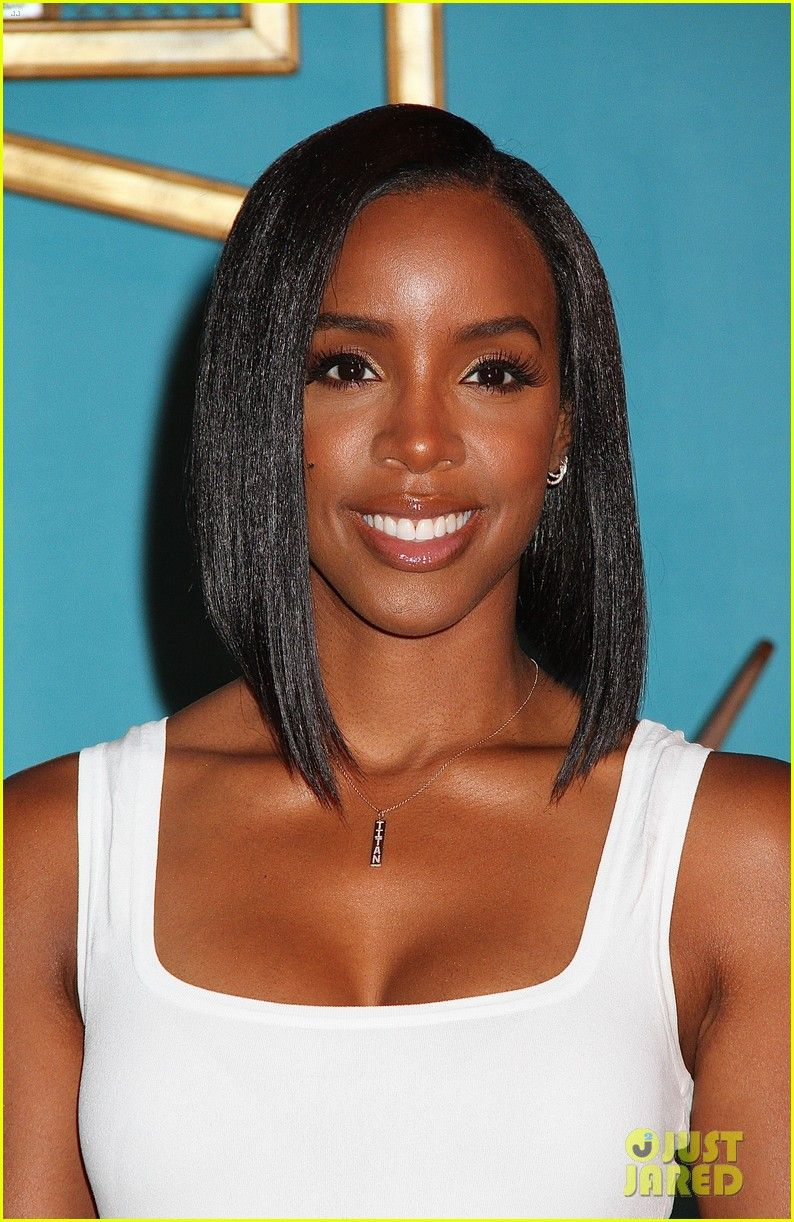 Kelly Rowland Asymmetrical Bob With Images Kelly Rowland Hair Bob Hairstyles Bobs Haircuts