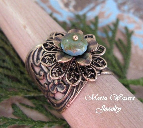 Vintage Glam Ring in Antique Gold, Bestseller #martaweaverjewelry.etsy.com