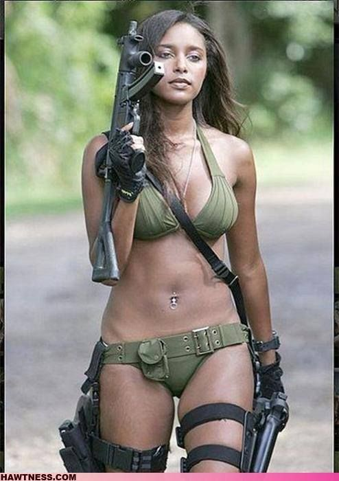 women-of-the-armed-forces-nude