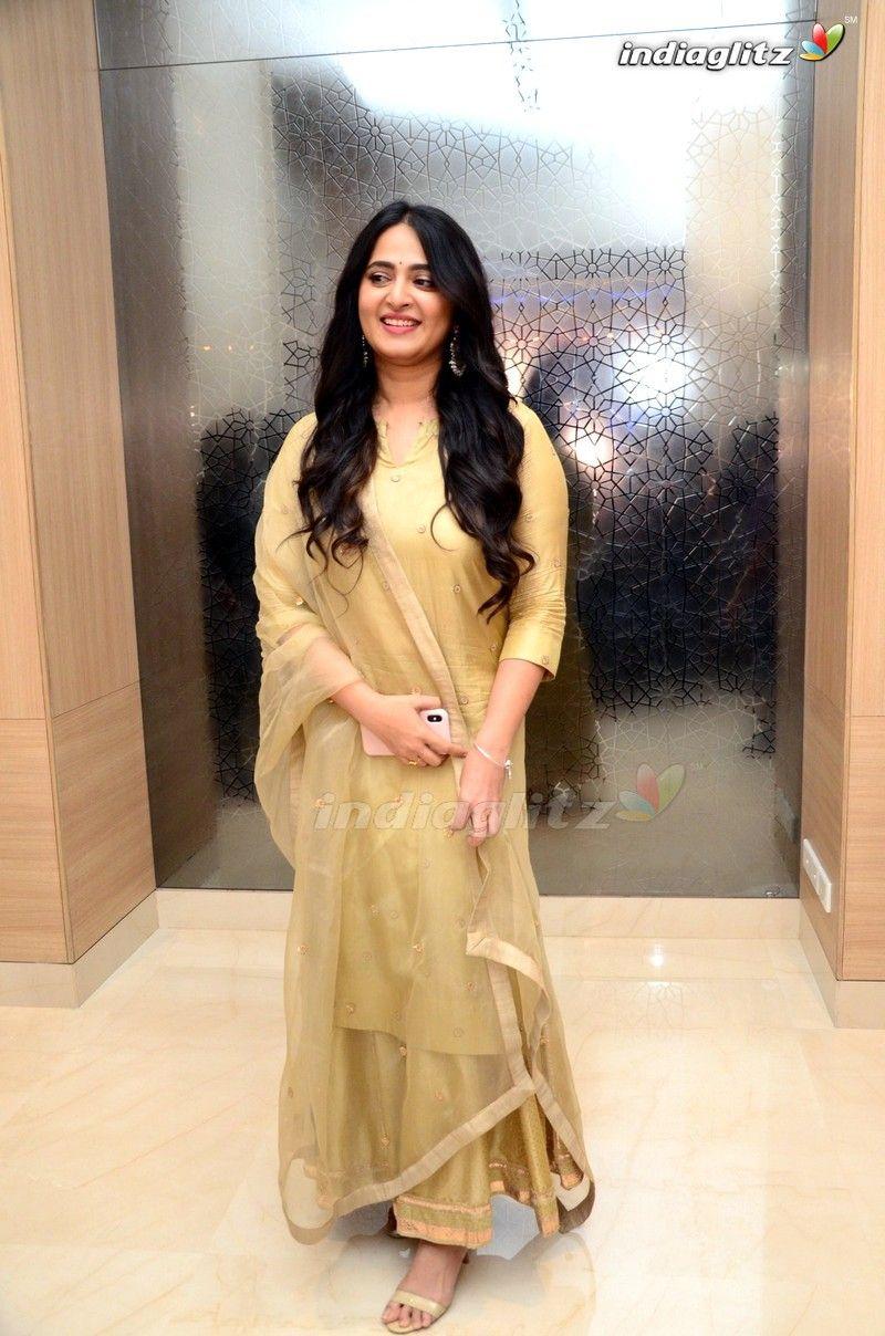 Anushka in 2020 Anushka photos, Actress anushka