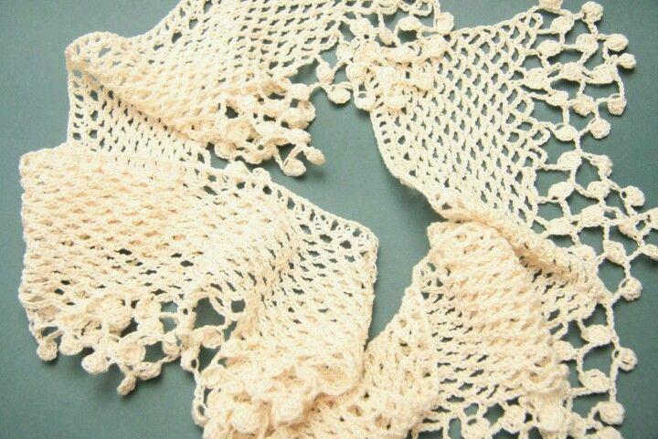 Elegante #bufanda de #ganchillo #crochet   Chals, picos y bufandas ...