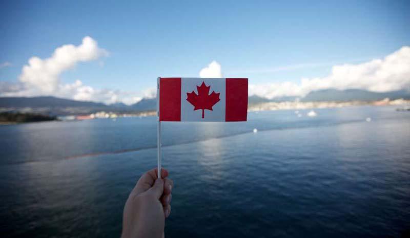 Las MEJORES OPCIONES para VIVIR en CANADÁ Ciudad moderna