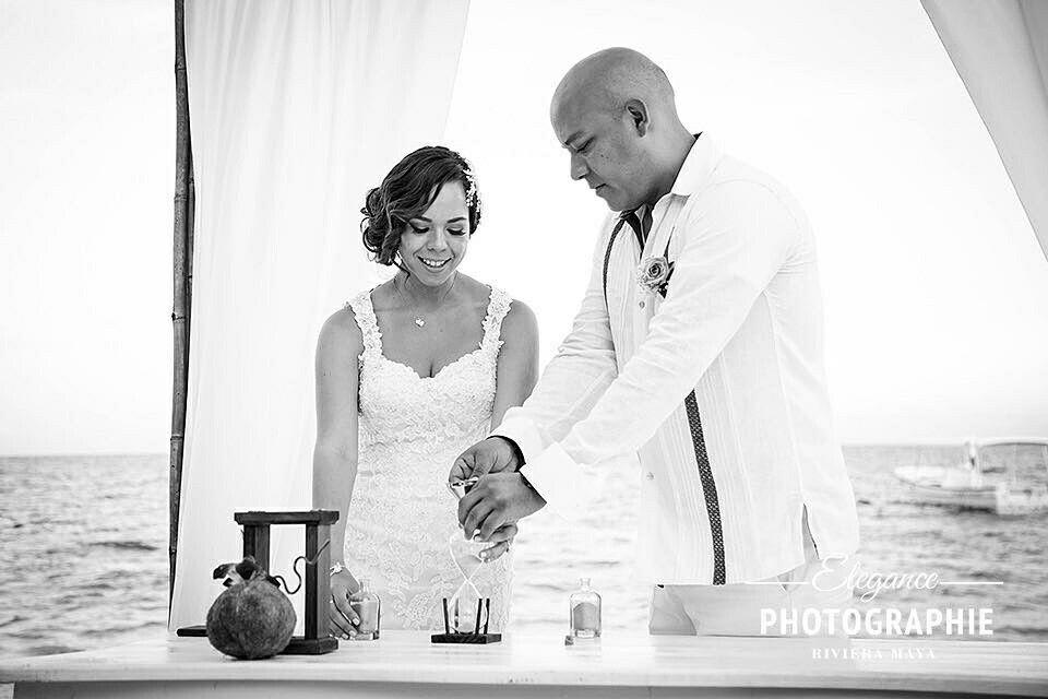 Si deseas tener tu #boda en la playa frente  al mar caribe mexicano #godivaweddings Lo hacemos posible  www.godivaweddings.com  #bodasrivieramaya  #RivieraMaya
