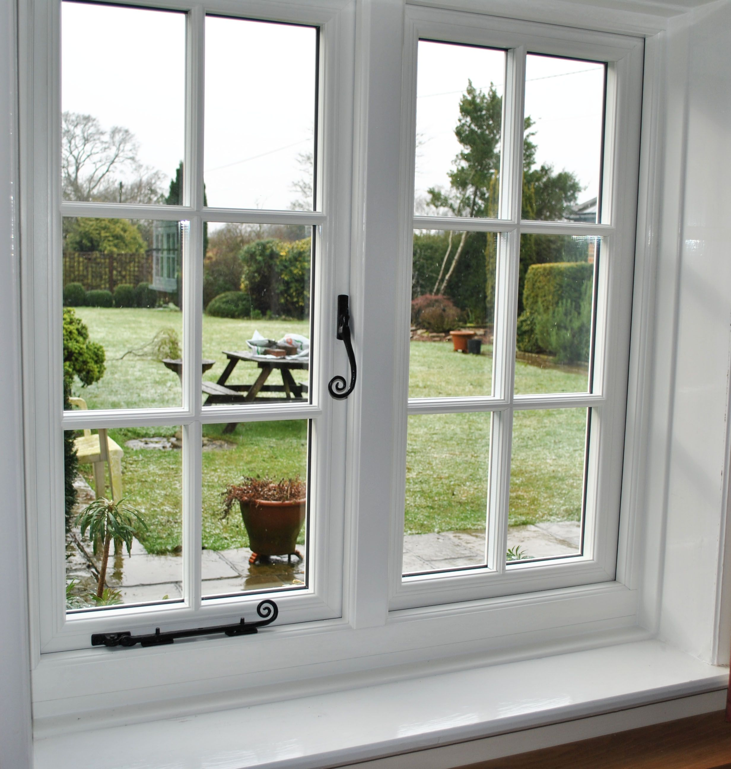 Storm 2 White Georgian Window With Monkey Tail Handle House