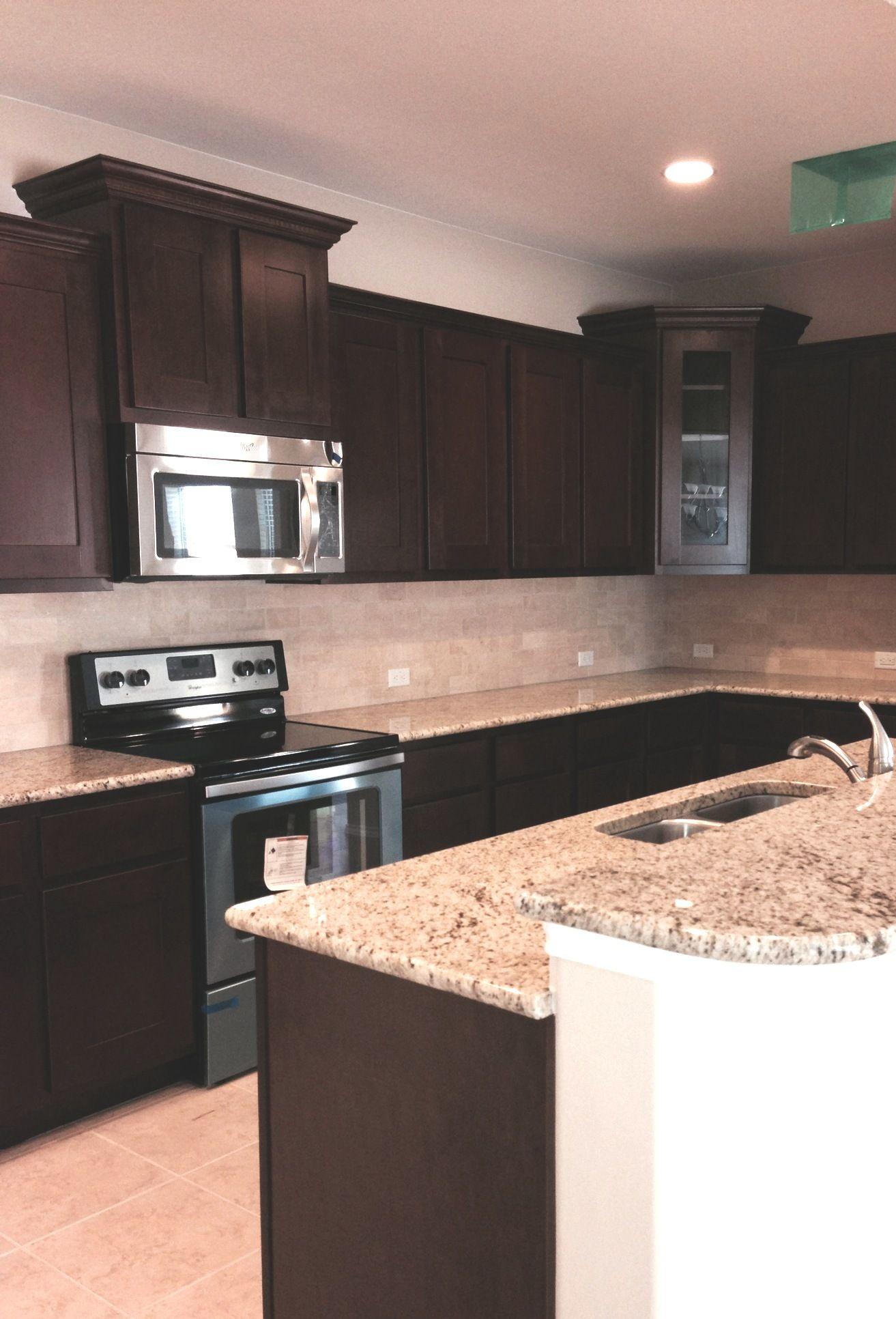 Travertine 3 X 6 In A Brick Lay Pattern Kitchen Backsplash Kitchen Brick Laying 3 x 6 kitchen island
