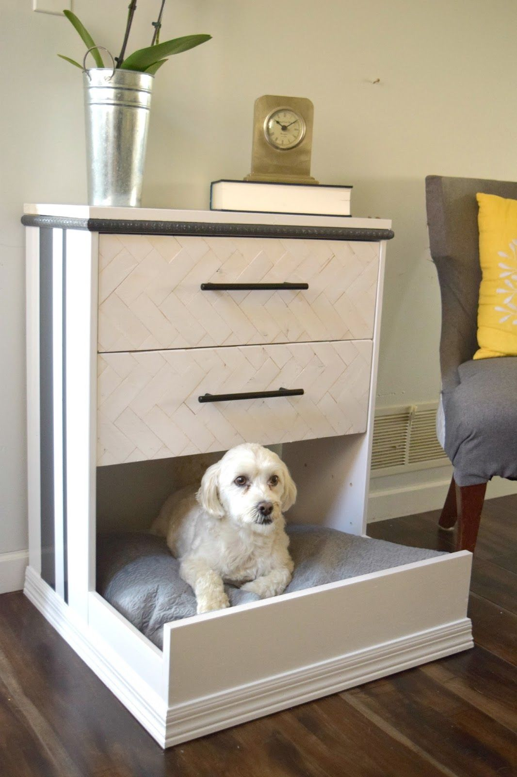 Charmant One Of The Best Ikea Furniture Hacks! A Rast Dresser Turned Into A Dog Bed,  With Storage! Love The Herringbone Details And The Modern Combination Of  Black ...
