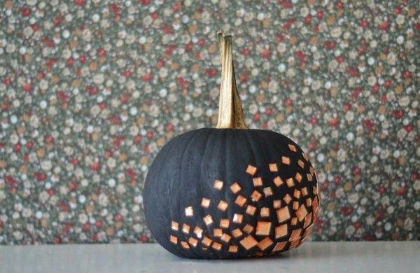 Halloween Deko basteln - Kürbisse dekorieren