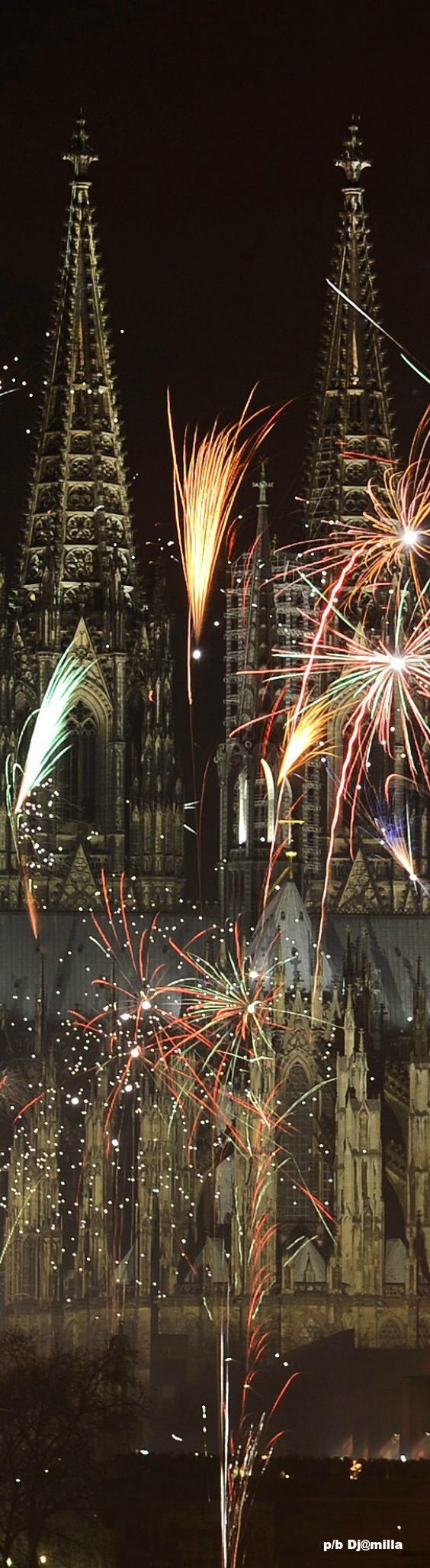 Cologne Cathedral Germany Feuerwerk, Geschenke zum