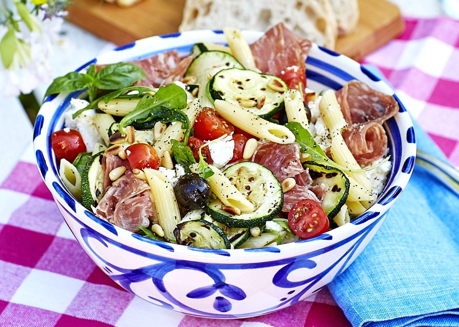 italiensk pastasallad vegetarisk