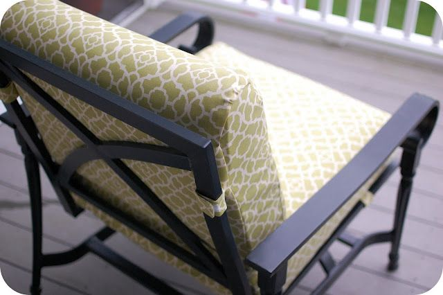 Here Is A Pretty Easy Way To Cover Those Old Faded Tired Patio Cushions . U003c3