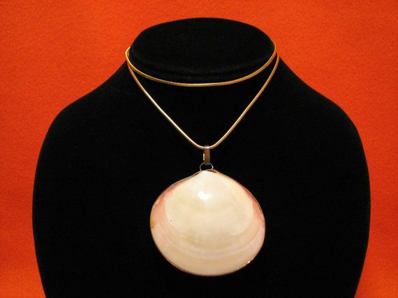 BIG Vintage Gold Tone Clamshell Seashell Pendant by JewelryStash, $42.00