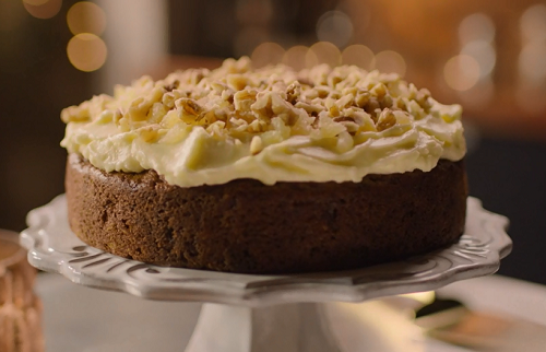 Nigella Lawson Carrot Cake With Crystallised Ginger Walnuts And