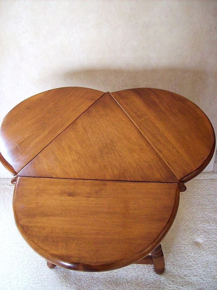 VINTAGE 50u0027s HERITAGE SOLID MAPLE CLOVERLEAF DROP LEAF TRIANGLE ACCENT END  TABLE