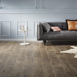 Vinyl flooring | Godfrey Hirst | Get this Get this look with NeuTX Legacy Oak in Light Brown. Simple styling can make your floor the feature. Our vinyl sheet flooring gives the look of extra wide boards in rustic shades of natural timber. Styling by Bek Sheppard in collaboration with @GlobeWest #godfreyhirst #godfreyhristflooring #theflooringexperts #vinylsheet #vinylflooring #vinylfloors #interiors #vinyl #timberlook #homeinteriors #globewest
